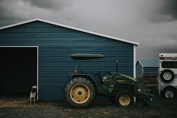 What You Should Know About Commercial Sheds