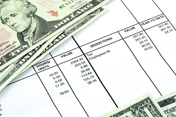 Photo of Should You Be Saving Payment Stubs and Other Financial Records?